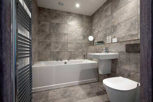 Bathroom of 2 and 3 bed apartments for sale in Bicester